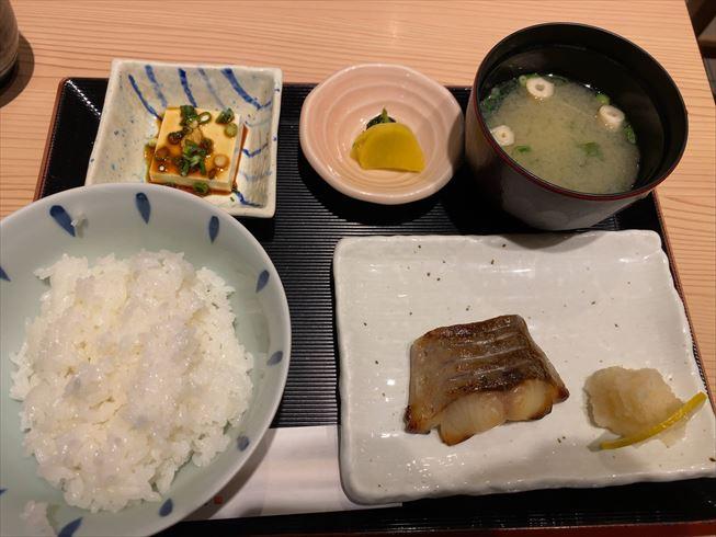 福岡 朝ごはん 定食
